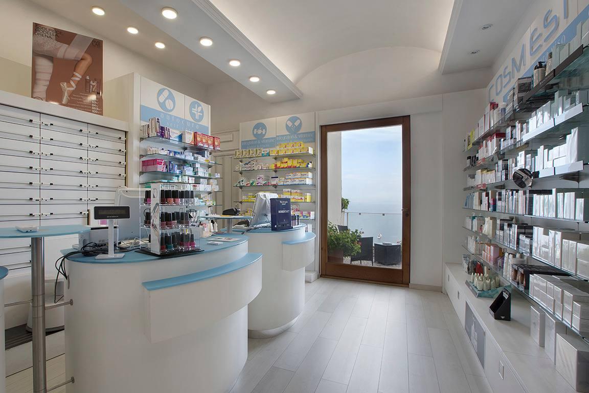 apertura e ristrutturazione farmacia